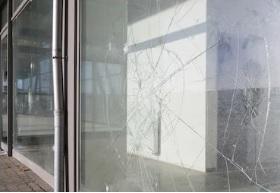Tarif remplacement vitre brisée identique Vitrier Val Oise-95