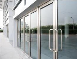 Pose de vitre de porte avec la vitrerie des Essonnes